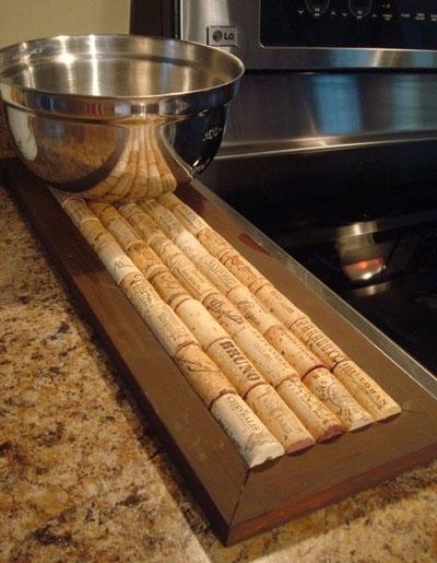 padėklas virtuvei iš kamščių