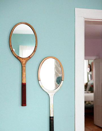veidrodis iš lauko teniso raketės