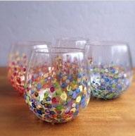 dažytos stiklinės