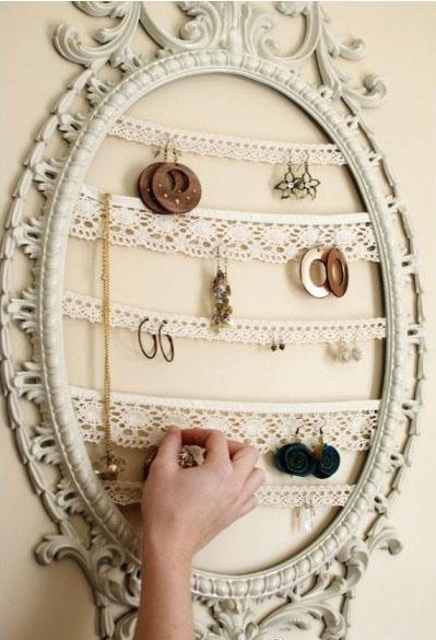 veidrodžio rėmelis auskarams, grandinėlėms susikabinti