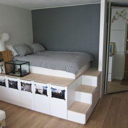 lova ant pakylos