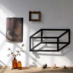 2d geometrine figura 3d seselis ant sienos