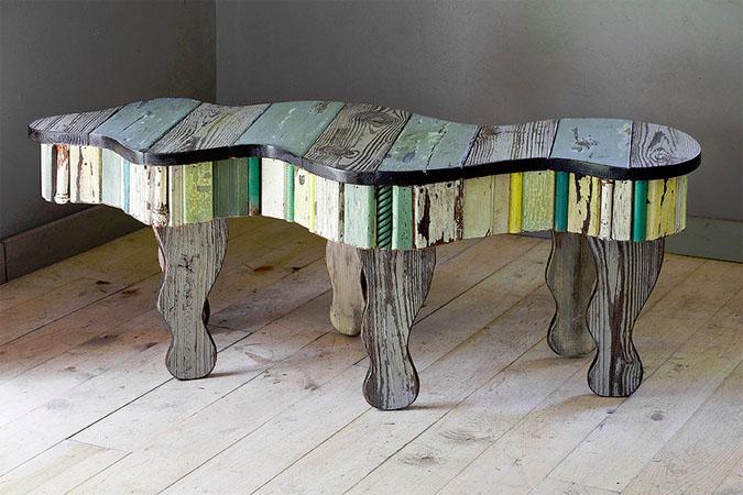 stalas vingiuotas pavirsius