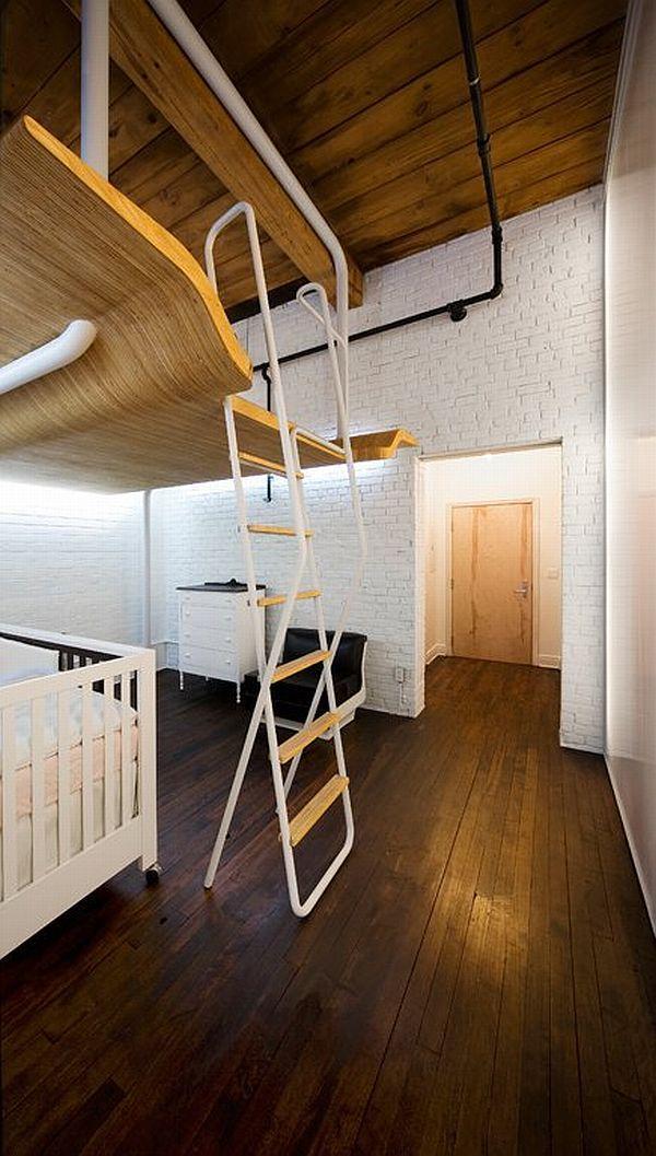 nedidelis butas, erdvė po miegamuoju