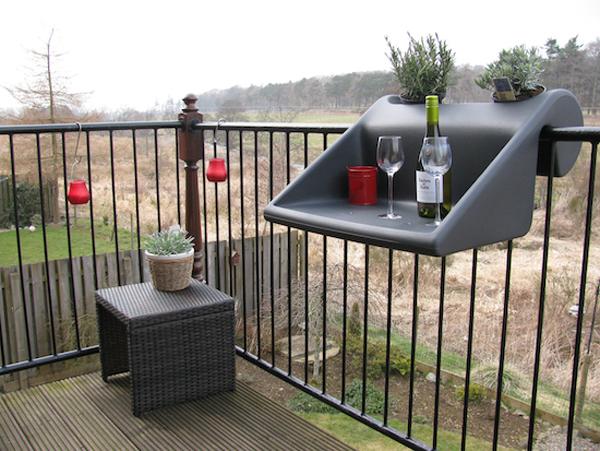 ant balkono remu pakabinamas staliukas pilkas