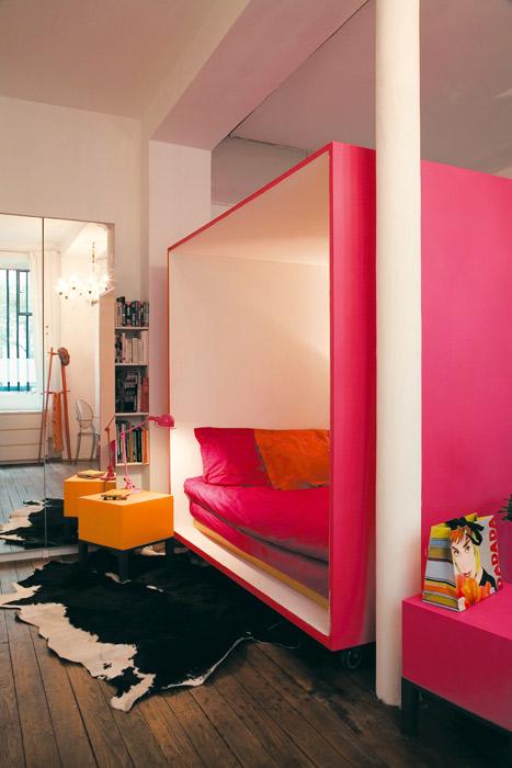 mobilus miegamasis kubas kambario erdveje