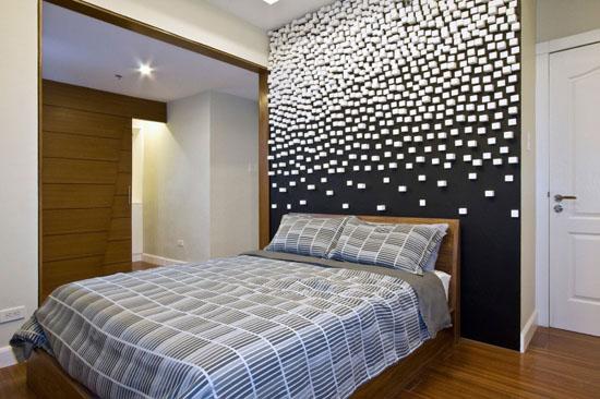 balti kubeliai siena miegamajame durys