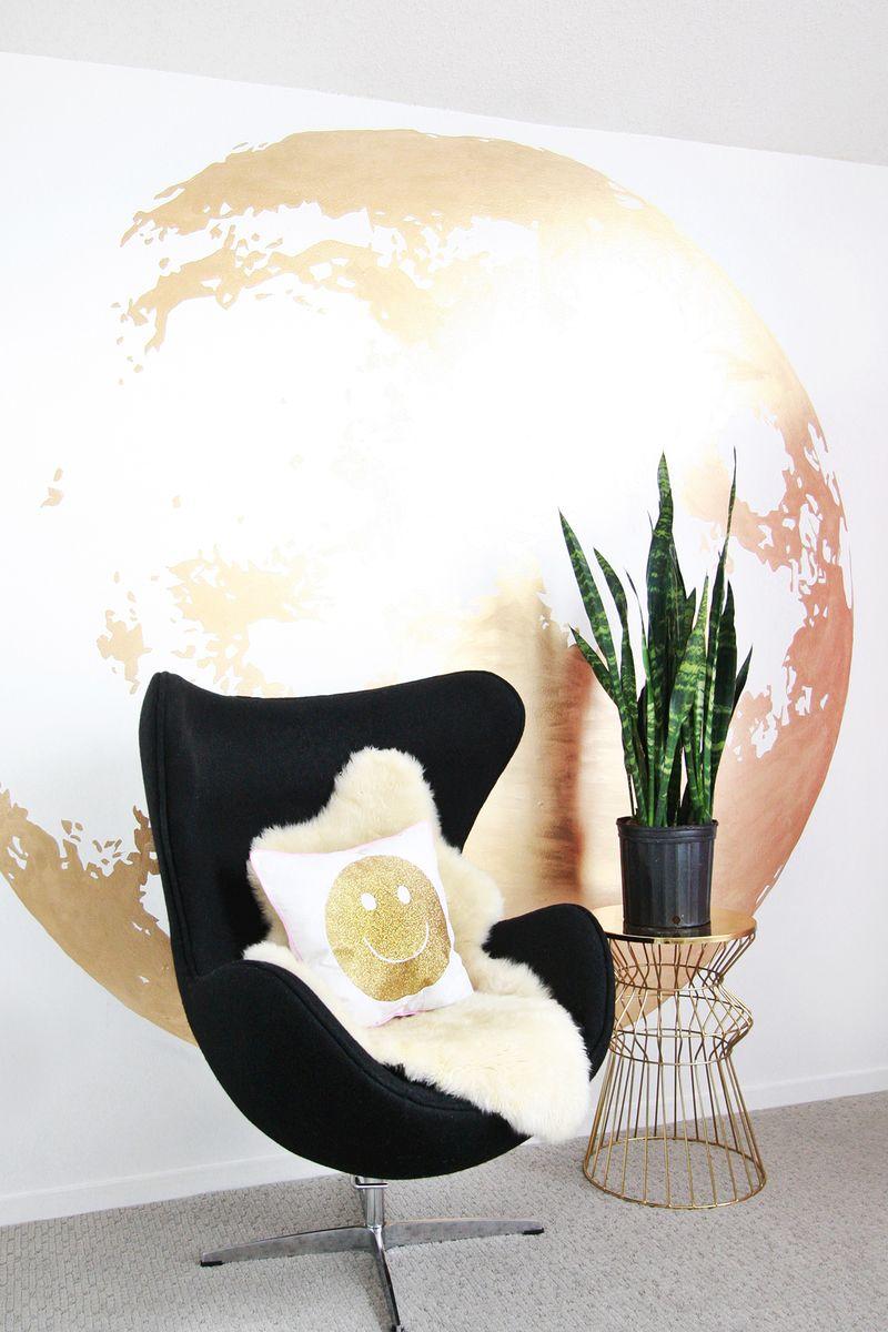 auksinis menulis ant sienos
