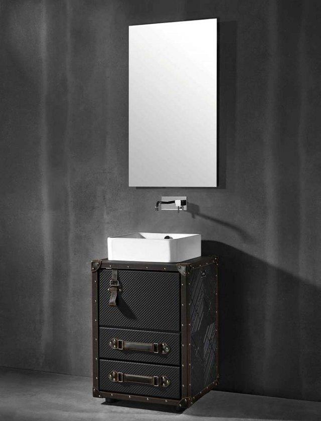 lagaminas spintele voniai veidrodis
