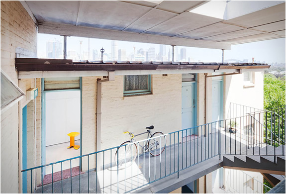 dviratis balkone
