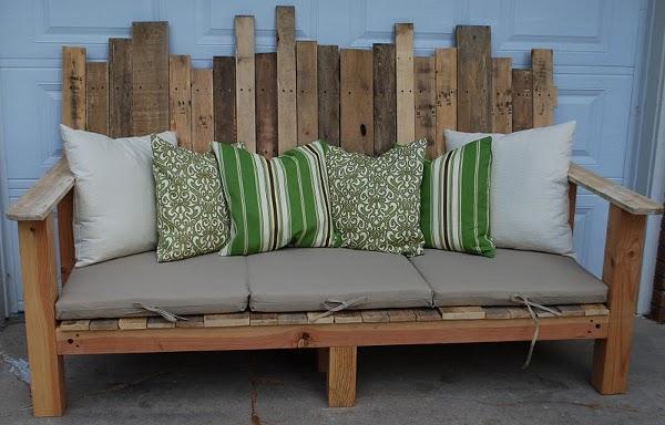 paletes lenteles sofa lauko baldai